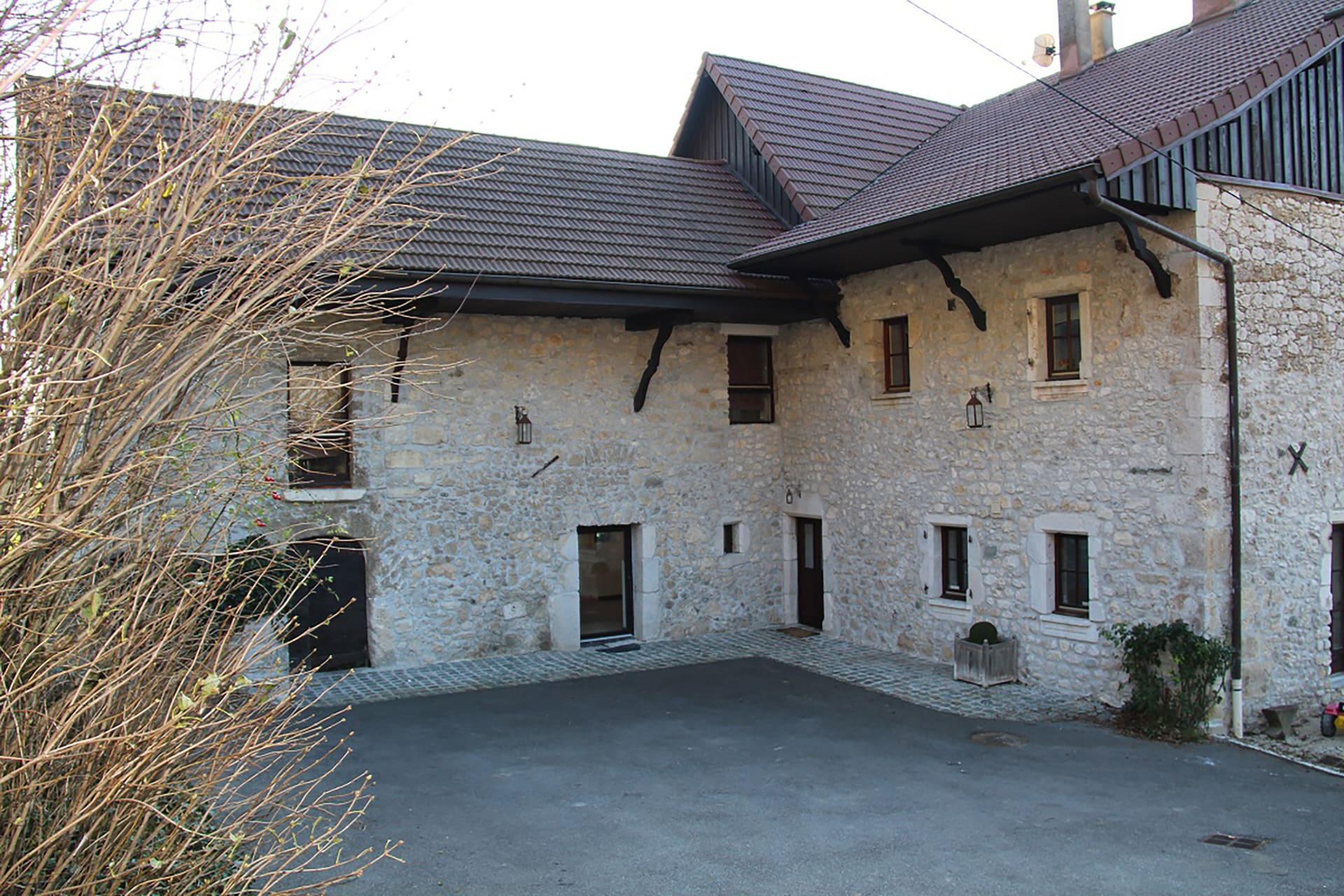 rehabilitation-maison-de-savoie (6)